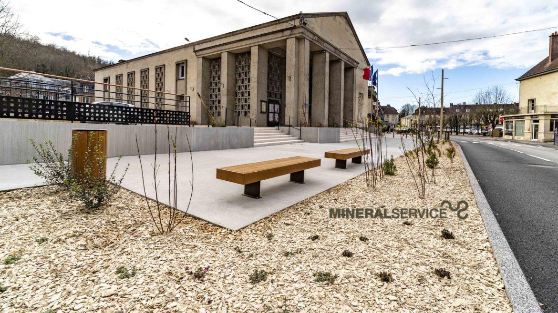 Les Andelys - Place de la Mairie